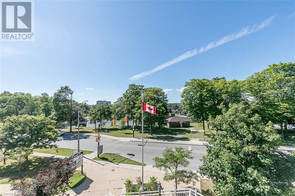 146 Toronto Street #202, Barrie, Ontario  L4N 1V4 - Photo 31 - 275419
