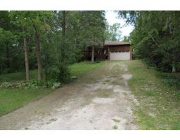 B30 - Chalet, Timmons Street, Blue Mountains, Ontario